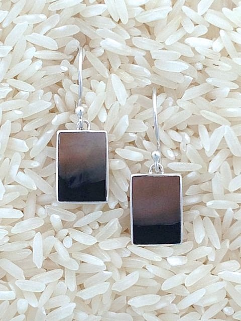 Black Lip Earrings X-Small Rectangular