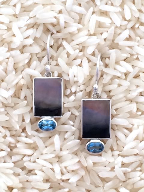 Black Lip Earrings Rectangular X-Small with Oval Gemstone